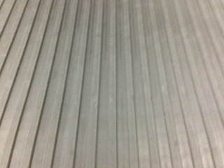Wide Flat Rib Rubber Runner Canal Rubber